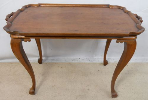Mahogany Tray Top Style Coffee Table